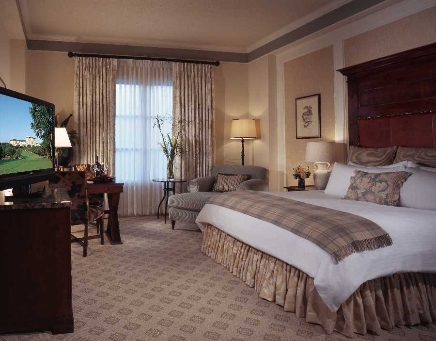 Oversized and elegantly appointed guestrooms
