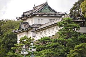 Touring Japan's Imperial Palace