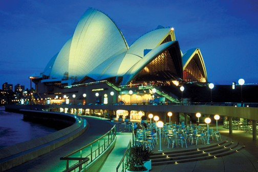 GREAT ADVENTURE DOWN UNDER by Globus Tours