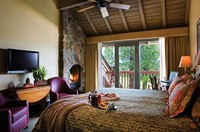 SUNRIVER Lodge Village Guestroom